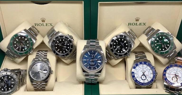 محلات شراء الساعات السويسرية المستعملة